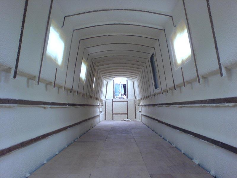 polyurethane sprayed foam insulation on narrowboat