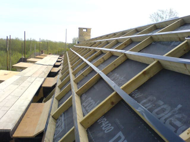 roof preparation for polyurethane spray foam insualtion